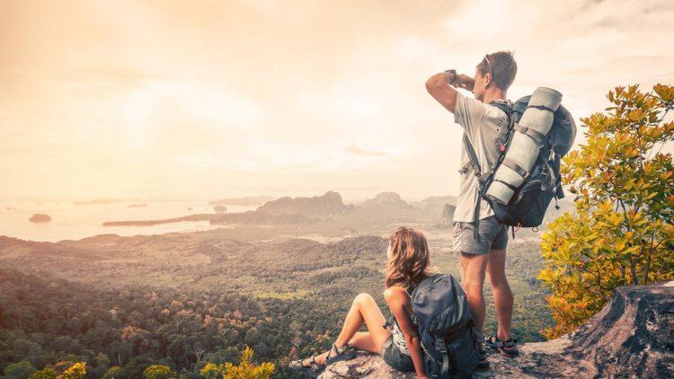 Manfaat Traveling Bersama Pasangan