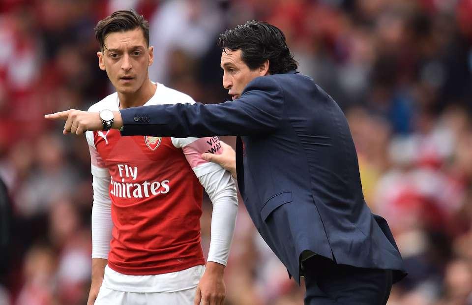 Kualitas Ozil Masih Dibutuhkan Emery