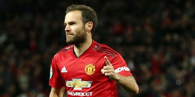 Mata sepakat perpanjang kontrak di Manchester United.
