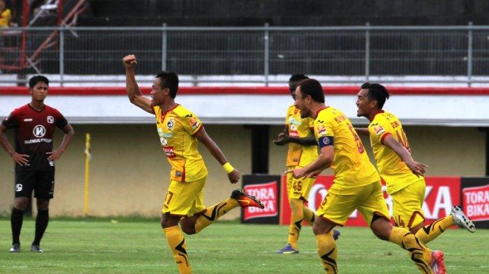 Manajemen dari klub pesepak bola Indonesia saat ini sedang melakukan pendekatan kepada beberapa investor untuk menjadi sponsor klubnya