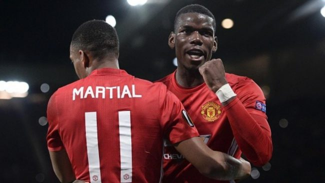Manchester United lebih memilih untuk mengamankan aset berharganya daripada harus merekrut pemain muda pada bursa transfer